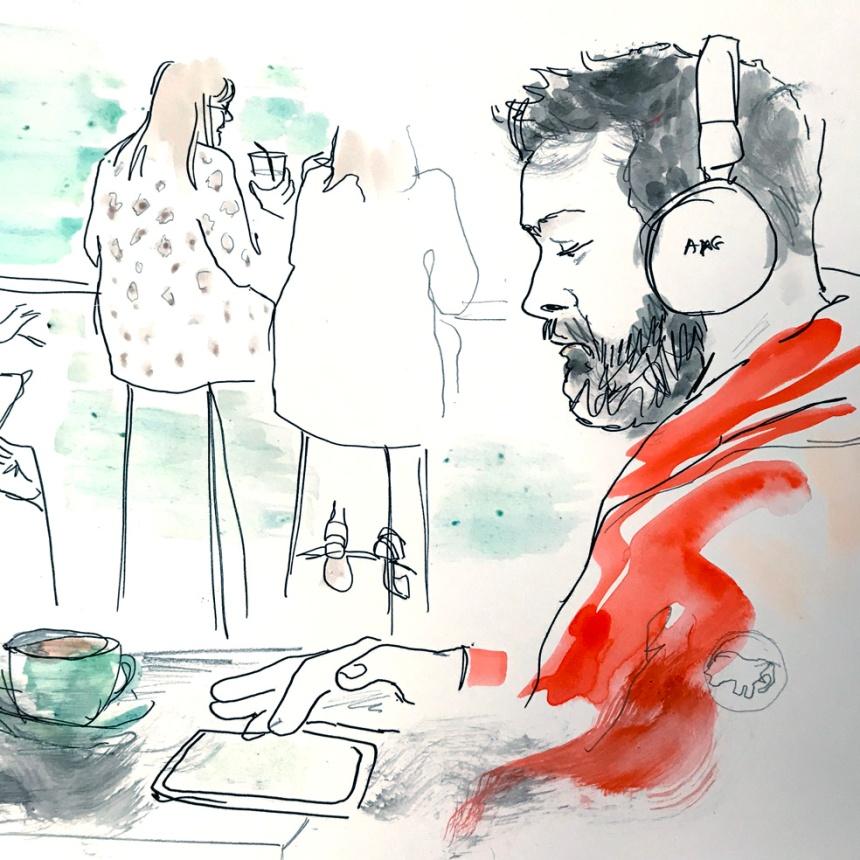 headphones man photo